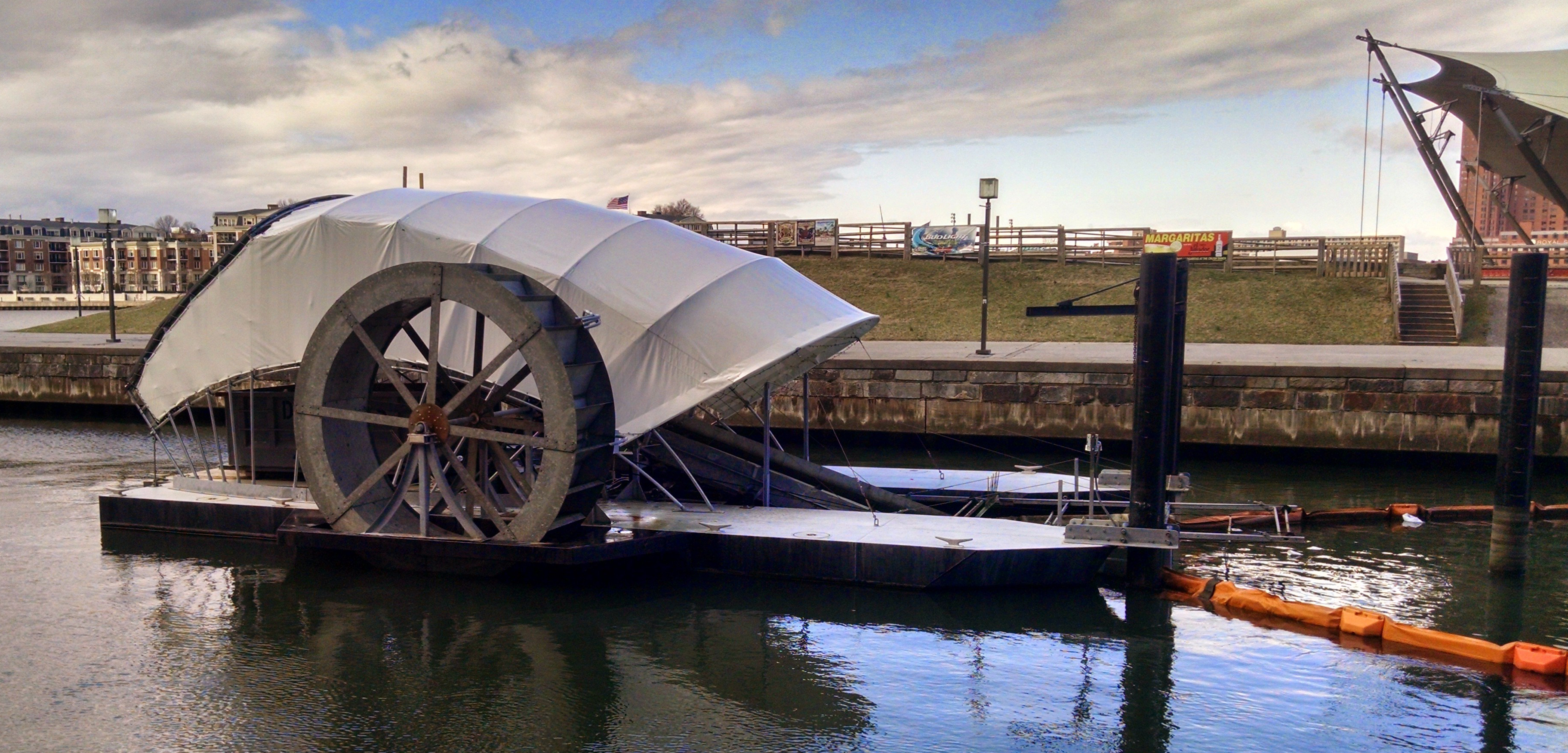 Baltimore S Solar Powered Water Wheel Can Devour 50 000 Pounds Of Harbor Trash Every Day Inhabitat Green Design Innovation Ture