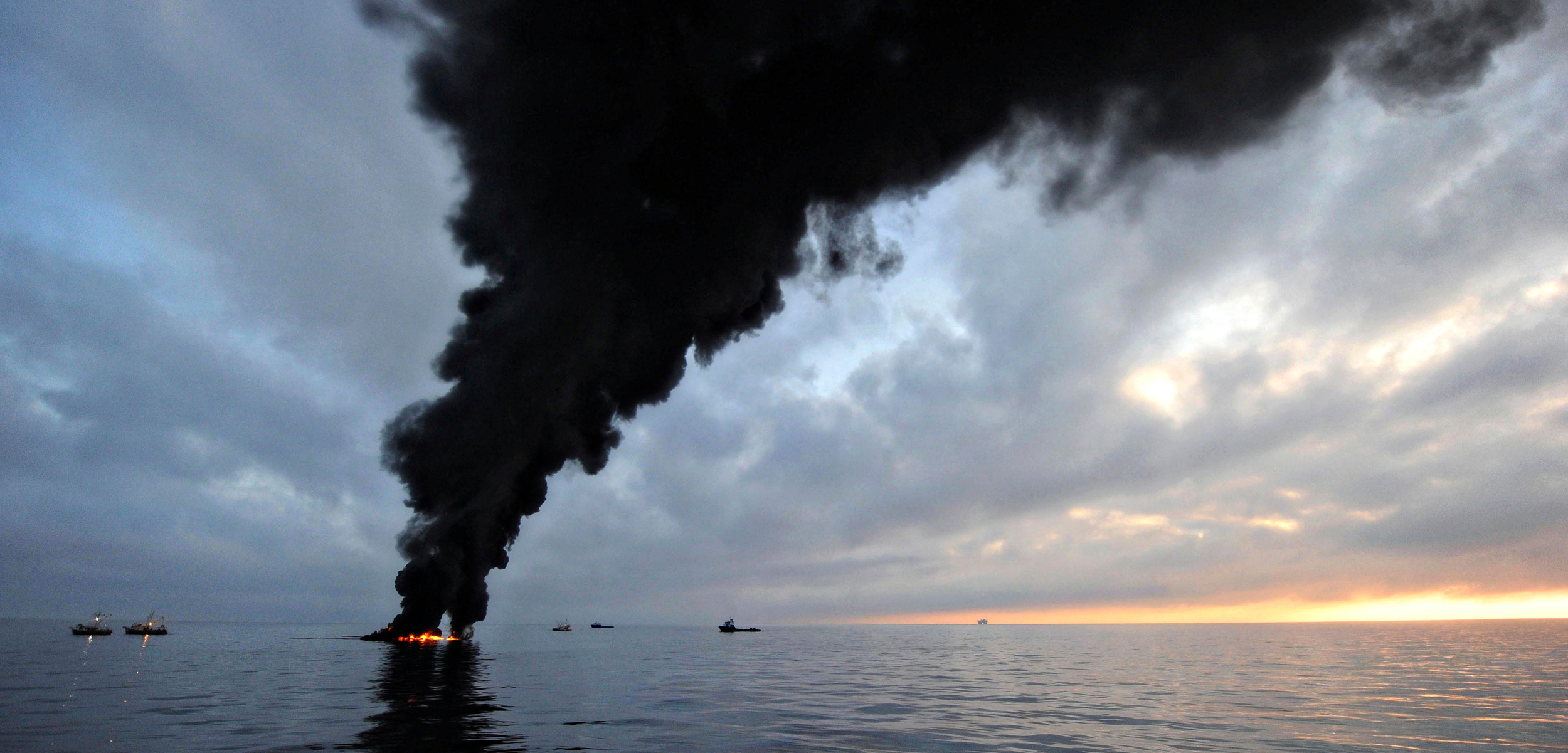 oil from Deepwater Horizon spill being burned