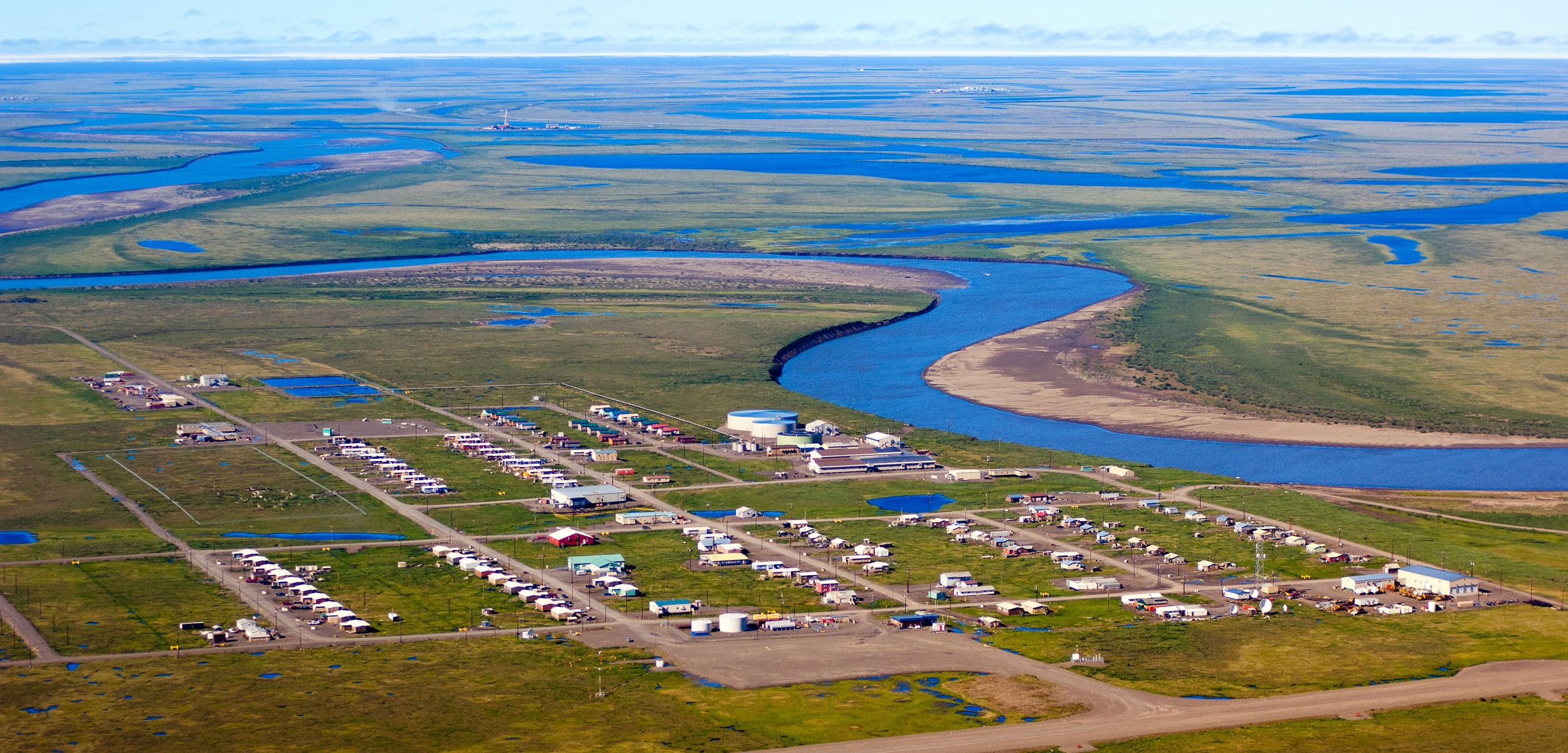 Aerial photo of Nuiqsut, Alaska