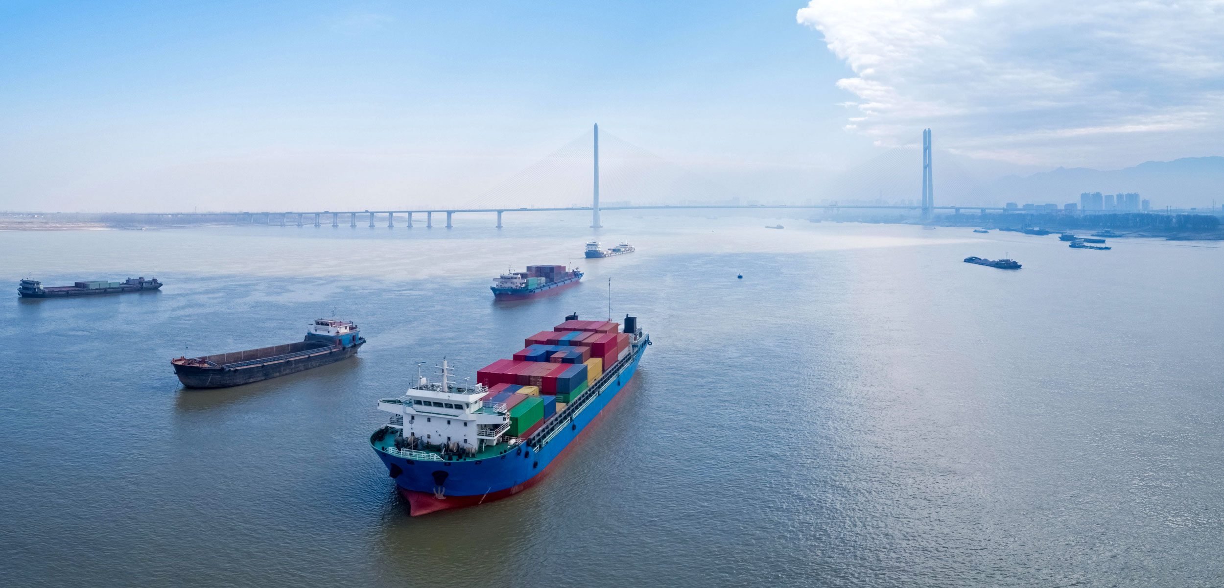 container ships on yangtze river