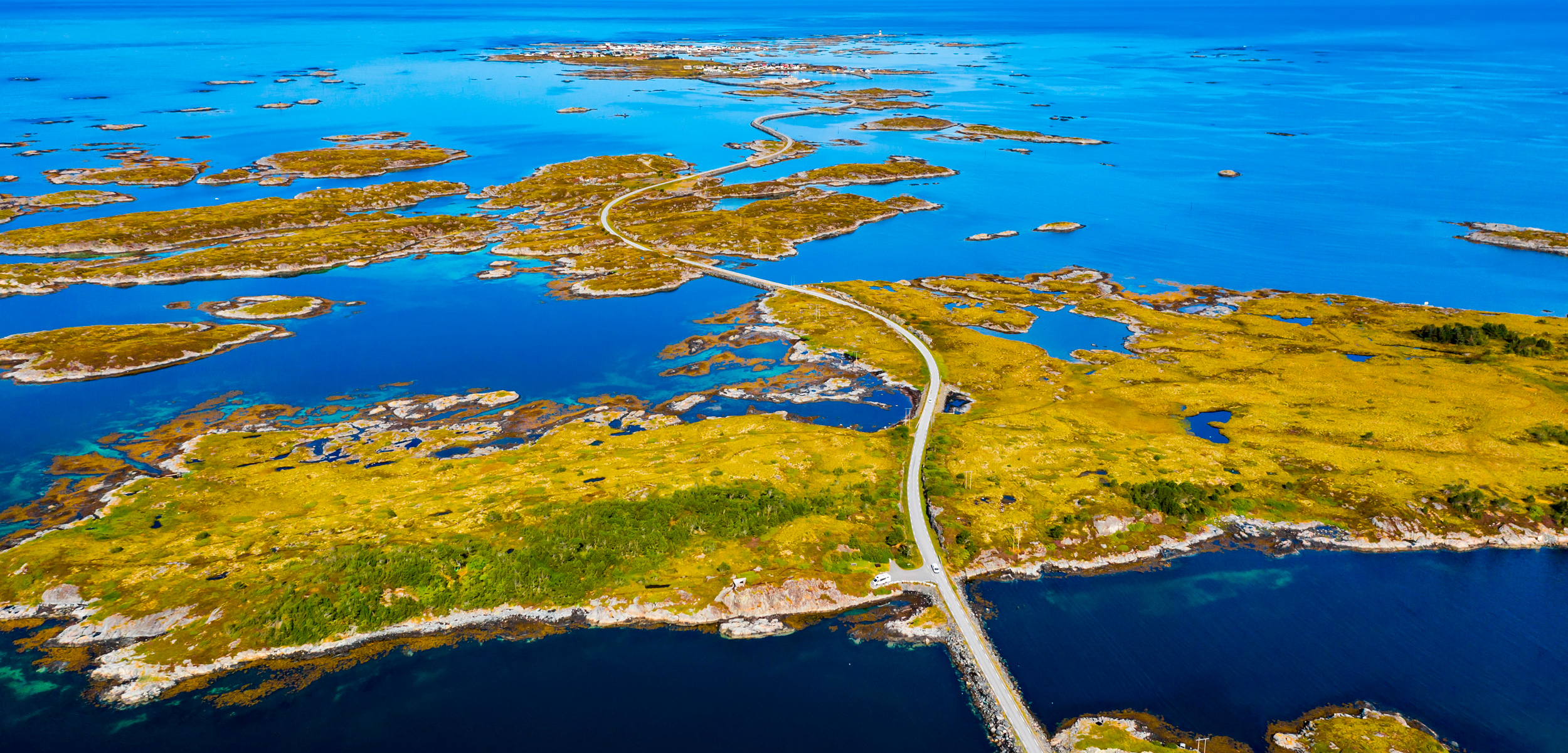 aerial photo of Smølna looking toward Veiholmen