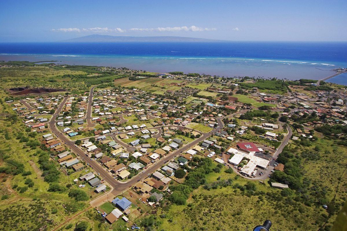 Aerial photo of Kaunakakai, Moloka'i, Hawai'i