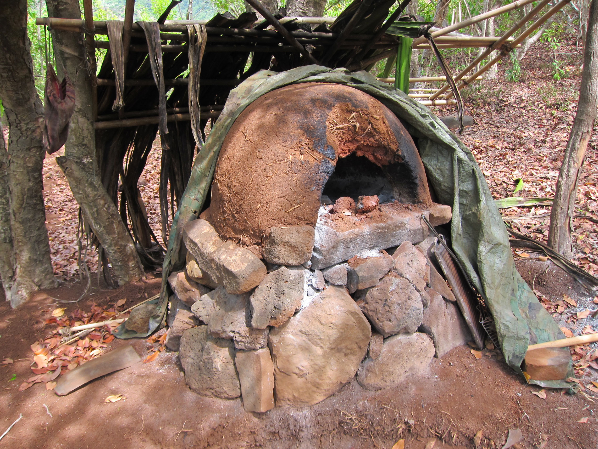 70064258013c a pizza oven built by squatters in the Kalalau Valley