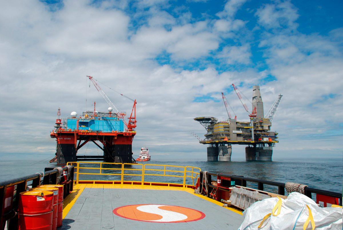 Sakhalin II project's Lunskoye A platform
