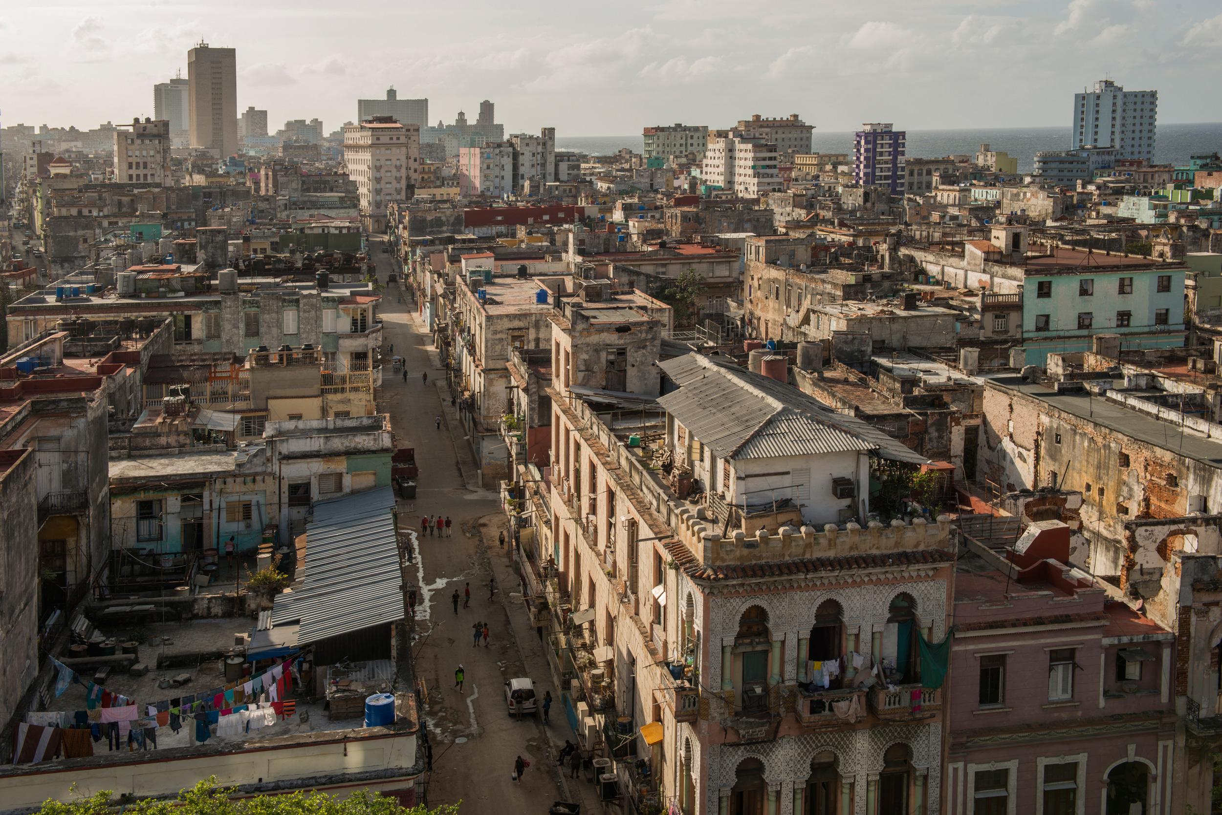 Havana some assembly required hakai magazine the inner city neighborhood of central havana has some of the citys worst living conditions with an estimated 40950 people per square kilometer stopboris Gallery