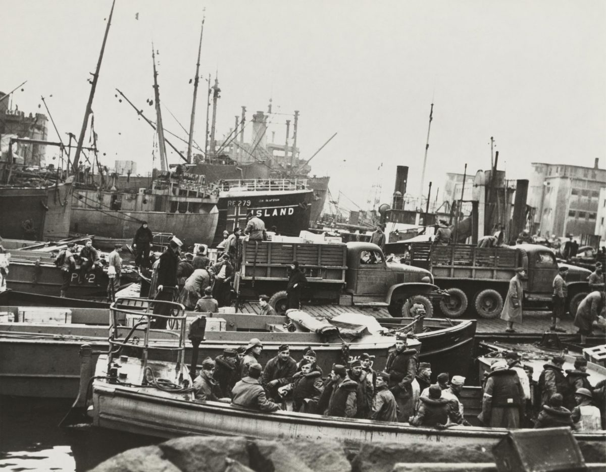merican soldiers disembark at Iceland on Oct. 16, 1941
